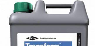 Un bidon d'insecticide Transform